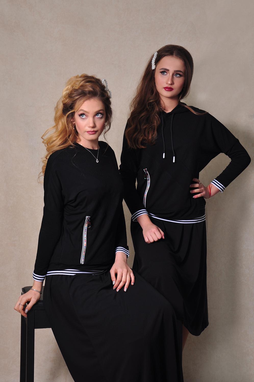 עליונית בשילוב סריג וכיס רוכסן שחור לבן עם/בלי קפוצ'ון מקולקציית 2020 של בגדי הבית ליידיס