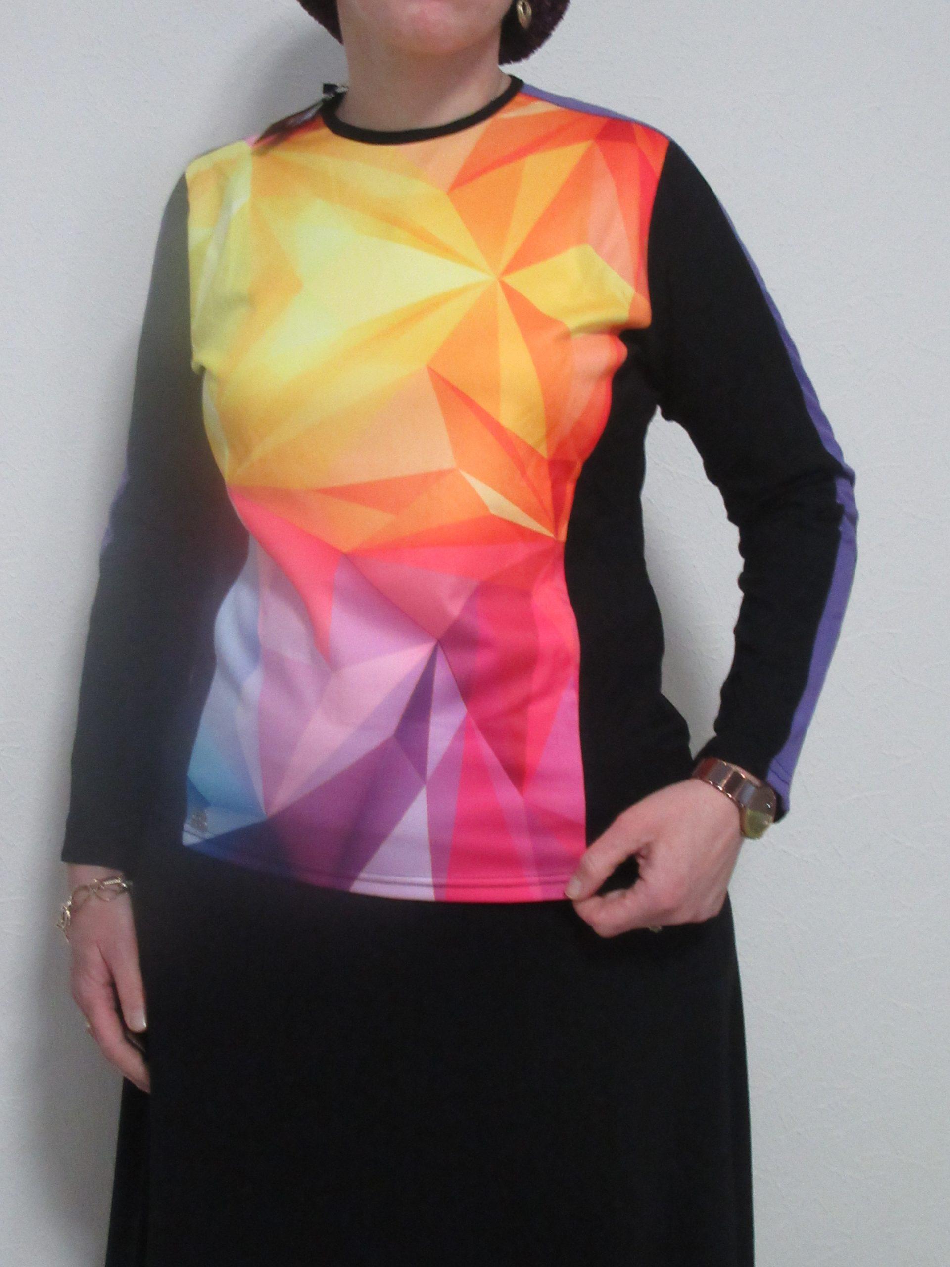 חולצת בית של ליידיס מקולקציה קודמת: צבעי פסטל תלת ממד