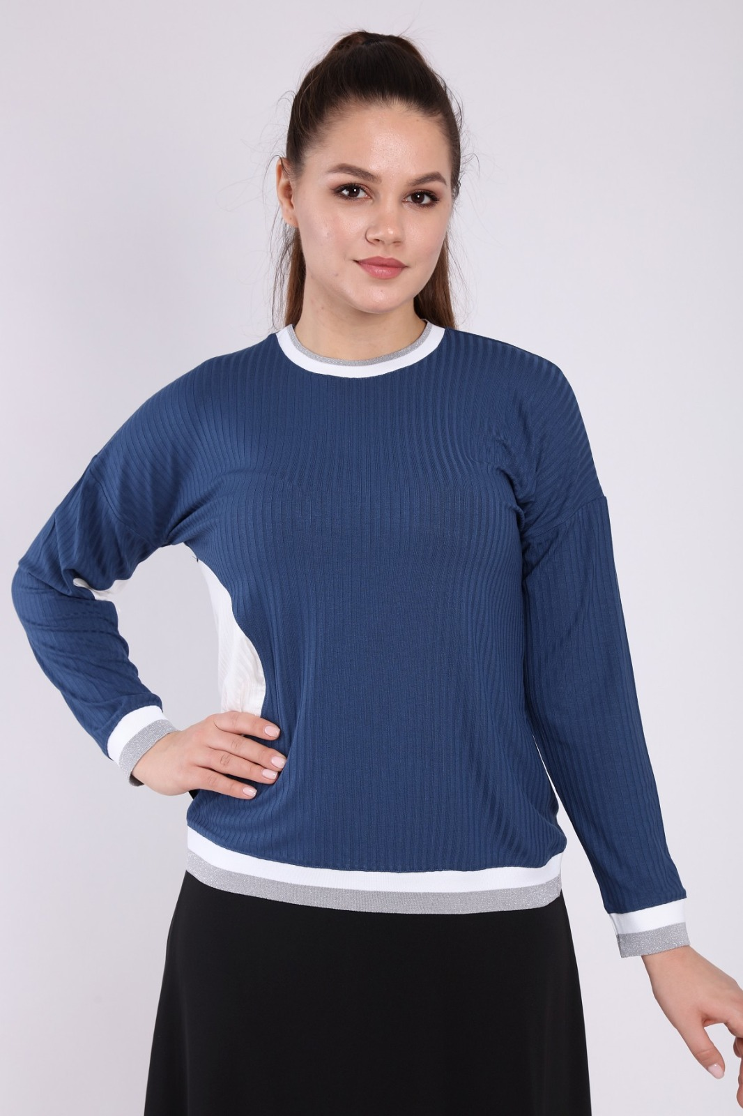 בגדי בית ליידיס - עליונית כחול עיגול לבן קולקציית 2021 דגם H001